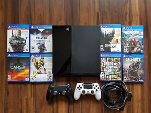 Playstation 4 PS4 500GB with 2 Controllers and 8 Games