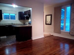 3 Bedroom House, Step to Warden Subway Station