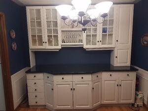 Dining room wall unit