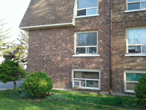 2 Bedroom Apartment in Niagara Falls
