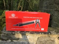 Pressure pointing/grouting tool