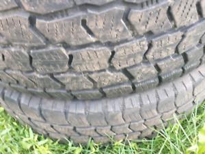 lt2457516 LT245/75r16 Cooper hiver Hiver winter bonne condition