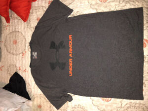 Men's clothing lot - Under Armour, Roots, Nike