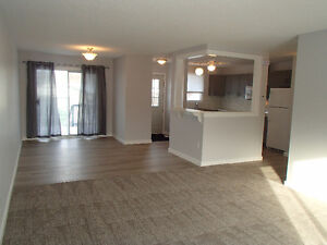Newly Renovated 3Bdrm House in Thickwood w/ Garage