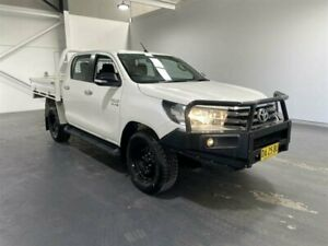 2016 Toyota Hilux GUN126R SR (4x4) White 6 Speed Manual Dual Cab Chassis Beresfield Newcastle Area Preview