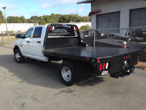 "New CM 11'-4"" RD truck bed c/w superduty headache rack"
