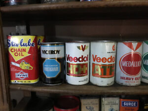 Vintage oil cans for Christmas