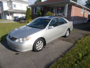 Toyota Camry Berline LE 2004
