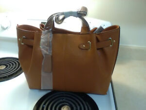 Hand Bag/Purse - Reaction By Kenneth Cole