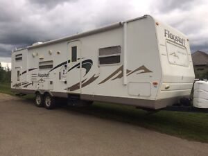 Immaculate family trailer for sale!