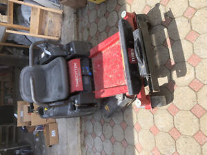 Tondeuse Mower TORO zero turn rider/time cutter w/ bagging syst.