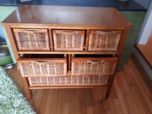 Dresser with 6 wicker drawers
