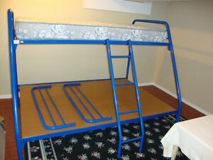 Amisco Twin Top/Double Bottom Bunk Bed