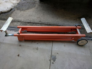 UNIVERSAL MITRE SAW STAND WITH WHEELS