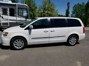 2013 Chrysler town and country.