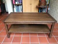 Beautiful oak coffee table - solid and very good quality. antique; vintage; mid century style
