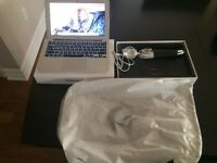 MACBOOK AIR 2014 256GB SSD. EXTENDED APPLE WARRANTY TO JULY 2017