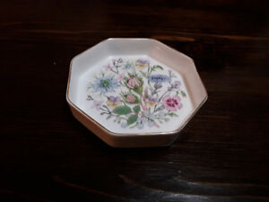 FINE BONE CHINA TRINKET DISH, AYNSLEY, WILD TUDOR, ENGLAND