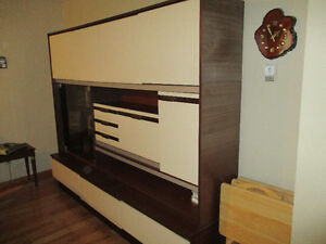 Solid 3 Piece Wall Unit