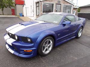 2005 Ford Mustang GT  41,000 KM Certifier ''  Kit-Roush et plus.