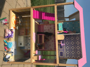 Large, Double-sided Barbie House!