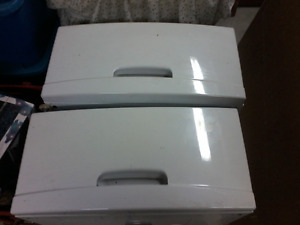 Samsung dryer pedistals
