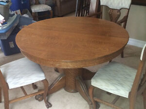 Antique Oak Table with 6 Chairs and 6 extra leaves London Ontario image 1