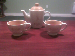 Tim Horton's Teapot and cups