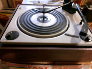 Vintage England Turntable