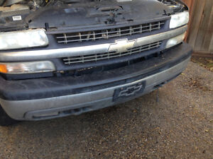 1999 to 2002 Chev GMC 2500 pick up parts Strathcona County Edmonton Area image 4