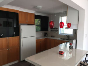 PIERREFONDS- NEWLY RENOVATED BUNGALOW, ALL INCLUDED & FURNISHED