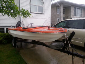 Sell Glastron boat,with 500series 50HP Mercury motor and trailer