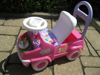 Disney ride-on/ walker- trotteur marchette Disney