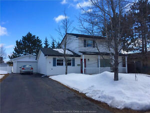 NEW LISTING / 2 Story / 18x24 Detached Garage / Riverview