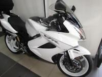 2010 HONDA VFR800 V TEC ABS SUPERB BIKE WITH RACE CANS TOP BOX AND HEATED GRIPS