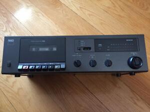 Lecteur de cassette audio 4 tracks de marque NAD 6240
