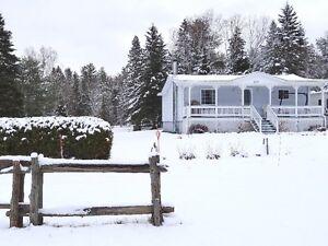 Maison Confortable GD Terrain + Atelier Près cours d'eau