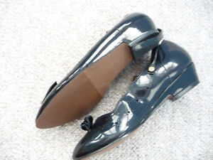 Various Brand New Girl's Dress Shoes - Size 1 or 2 Kitchener / Waterloo Kitchener Area image 5