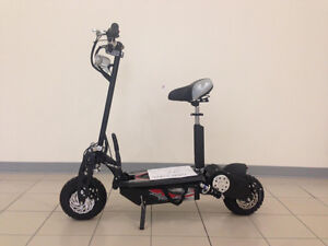 TROTINETTE SCOOTER ELECTRIQUE 1500 WATTS NEUF 35km/h!