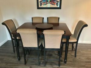Selling An Expandable Solid Wood Dining Set Originally 2200