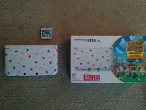 Limited Edition Animal Crossing 3DS (Poptart) w/ 3 games