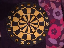 Yellow / Black dart board