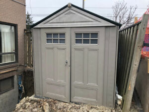 ==Rubbermaid 7' x 7' Plastic Resin Garden Shed==