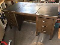 Heavy duty workshop table