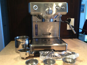 Machine a expresso BREVILLE MODEL 800 ESXL