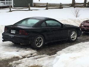 Mustang 1994 5.L. Gt manuelle Coupé (2 portes)