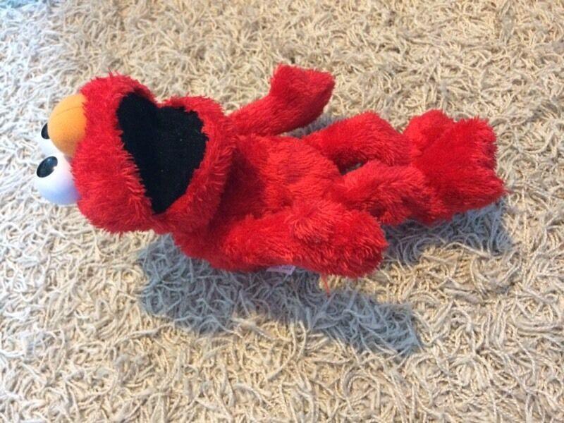 Tickle me Elmo £8