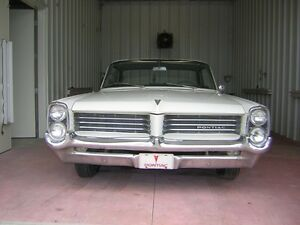 1964 Pontiac Strato Chief
