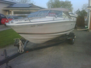 sea ray boat with trailer