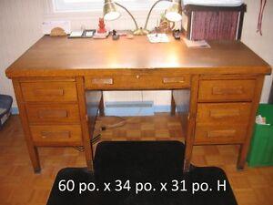 Desk - Bureau